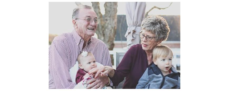Témoignages de Grands-parents # Une relation privilégiée entre anciens et tout-petits !